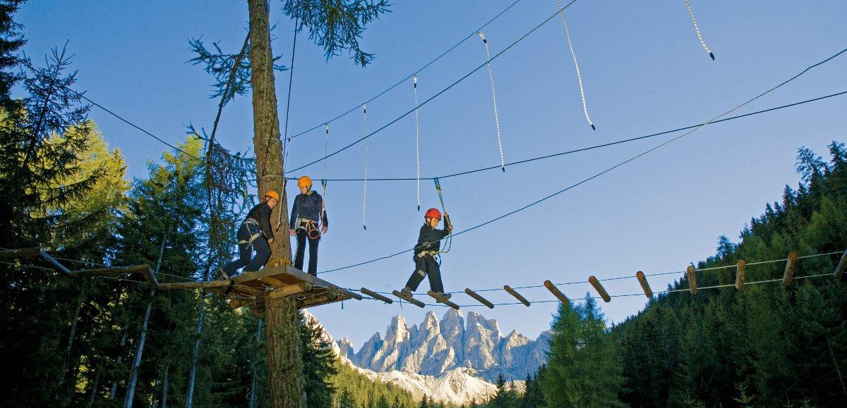 Parco avventura: adrenalina a Funes
