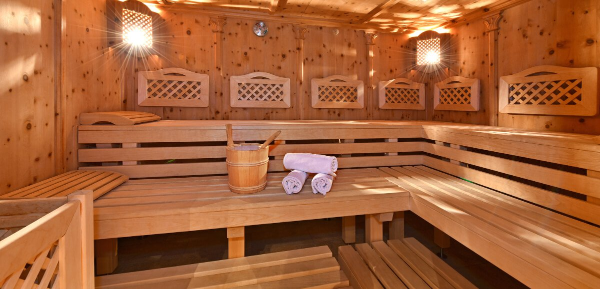 Pinewood sauna - Pure relaxation with the Queen of the Alps